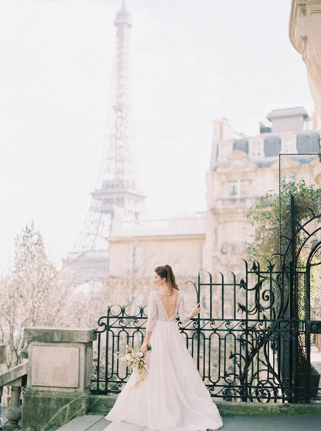 Tais and Brian's Glamorous Paris Elopement