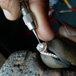 ​Durham Rose: Making the Perfect Engagement Ring Possible