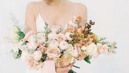 42 Beautiful Bouquets for the Fine Art Bride
