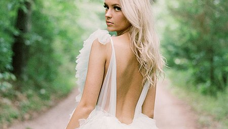 Will You Wear a Colored Wedding Dress? You Will After Seeing These…