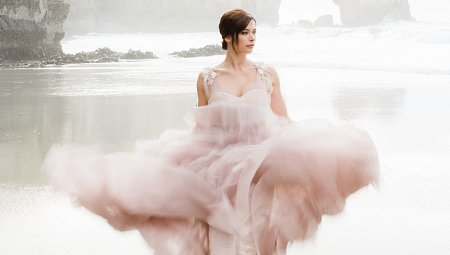 15 Best Colored Wedding Dresses for the Fine Art Bride