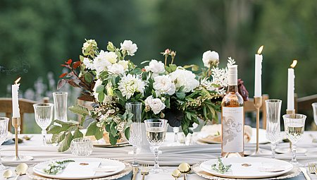 Lovers of the Light - Green & White Wedding Inspiration