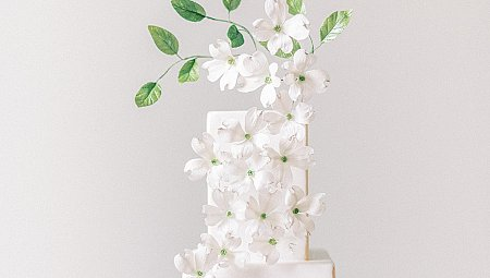Perfectly Light Spring / Summer Wedding Cake Ideas