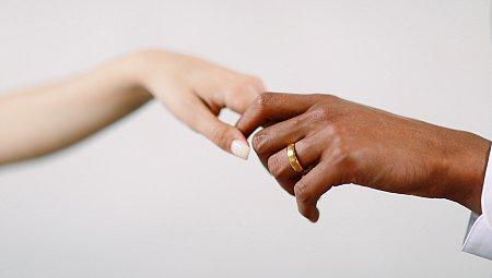 Modern Monochrome Wedding Style