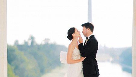 Black Tie & Oscar de la Renta Gown at the Lincoln Memorial