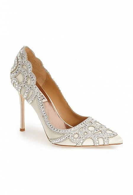 Rouge Pointy Toe Pump